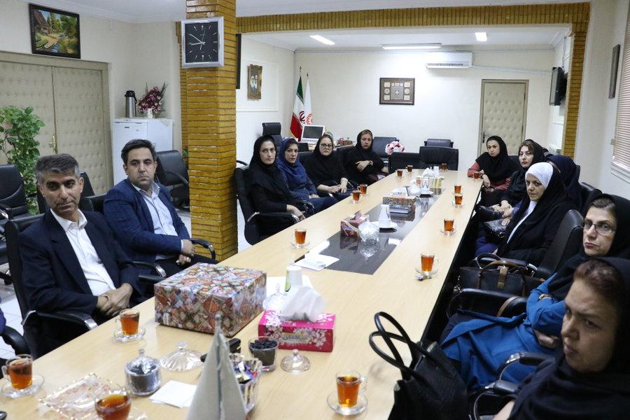 گیلان | نشست صمیمی دکتر حسین نحوی نژاد  با نمایندگان مراکز غیردولتی