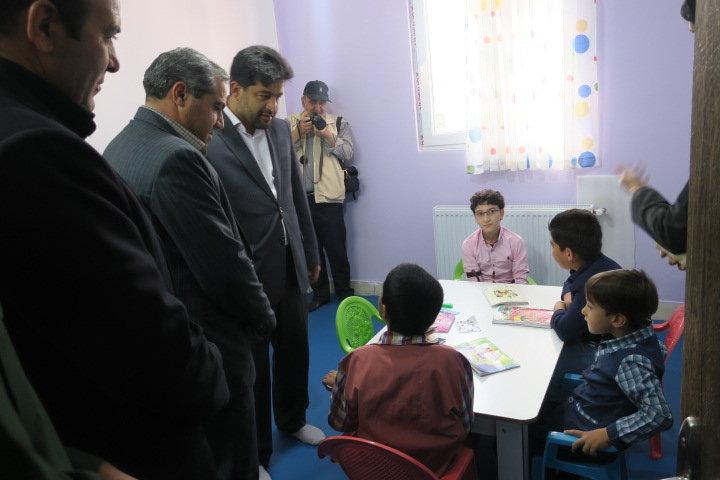 اصفهان| گلپایگان| بازدید فرماندار و مسئولین شهرستان از تنها مرکز اتیسم غرب استان اصفهان