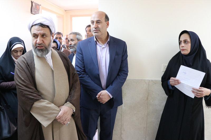 کرمان|مرکز مهر خانواده؛ ملاقات والد و کودک را در محیطی امن برنامه ریزی می کند