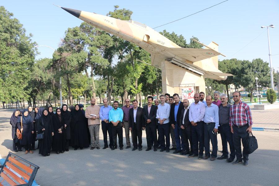 قزوین | ادای احترام کارکنان بهزیستی قزوین به مقام شامخ شهدای استان
