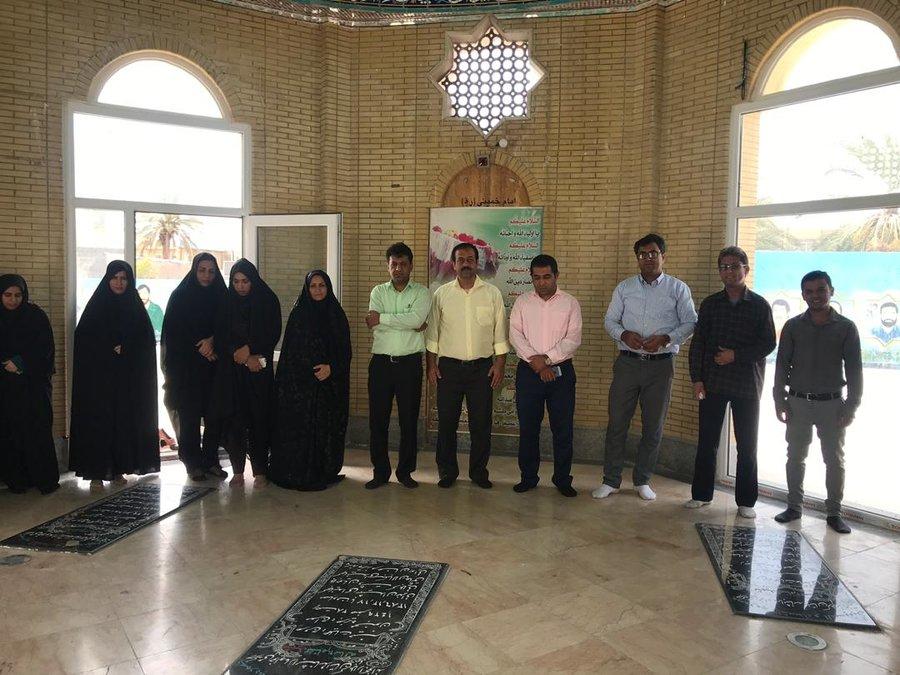 بوشهر | دیر | تجدید عهد و میثاق کارکنان اداره بهزیستی شهرستان دیّر با شهدای گمنام