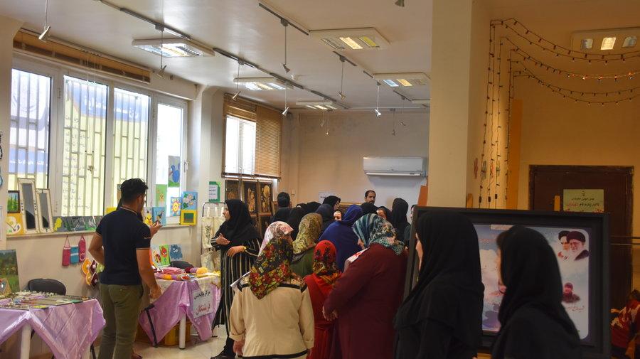 برپایی نمایشگاه دستاوردهای معلولان کرمانشاهی به مناسبت هفته بهزیستی