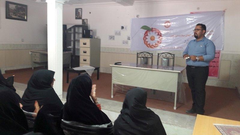 کرمان|آموزش پیشگیری از معلولیت های دوران سالمندی در اداره بهزیستی فهرج