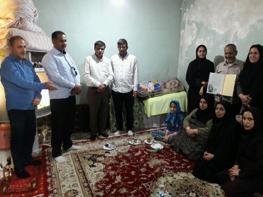 بوشهر| دیلم | دیدار رییس بهزیستی شهرستان دیلم با همکار بازنشسته