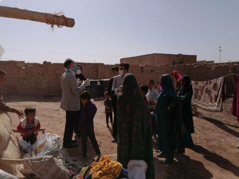 توزیع اقلام بهداشتی و آموزش نکات بهداشتی بین کودکان کار ساکن در سکونتگاهها غیررسمی یزد (منطقه کشتارگاه)