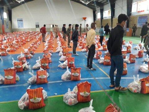 توزیع ۱۰۰۰ بسته مواد غذایی در شهرستان جاجرم