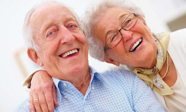 خندهدرمانی، دوای دردهای سالمندان
