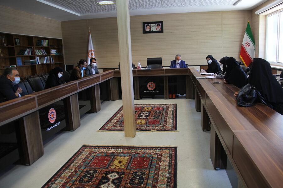 گزارش تصویری  مصاحبه متقاضیان مراکز مثبت زندگی در بهزیستی ایلام