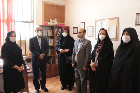 گزارش تصویری   حضور مدیرکل دفتر امور بانوان و خانواده استانداری در مرکز تحت نظارت