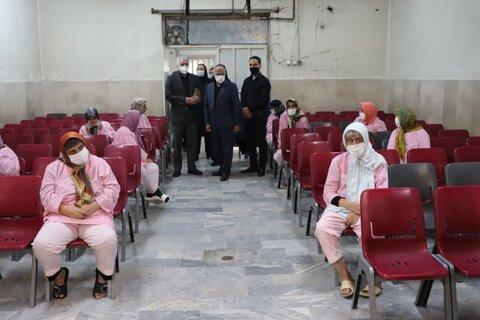 گزارش تصویری/بازدید معاون سیاسی انتظامی فرمانداری شهرستان قدس از مرکز نگهداری سالمندان و توانبخشی
