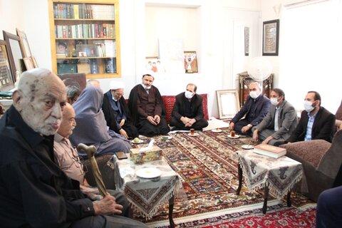اصفهان|گزارش تصویری| دیدار با خانواده شهید حسن غازی در آستانه هفته دفاع مقدس