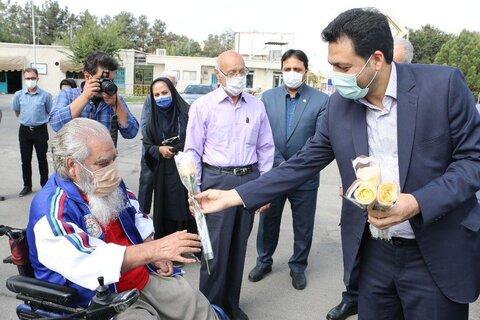 گزارش تصویری|فرماندار ری با سالمندان کهریزک دیدار کرد