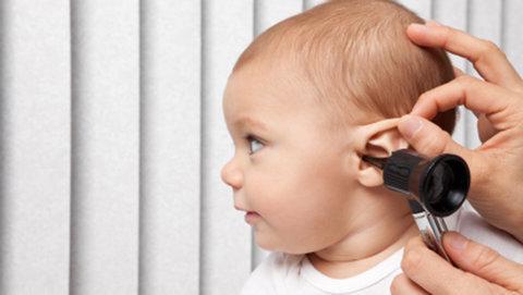 پیشوا| کرونا مانع غربالگری شنوایی نوزادان نشده است