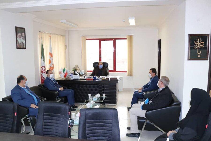 دیدار مدیرکل بهزیستی آذربایجان غربی با مدیریت امور شعب بانک رفاه استان