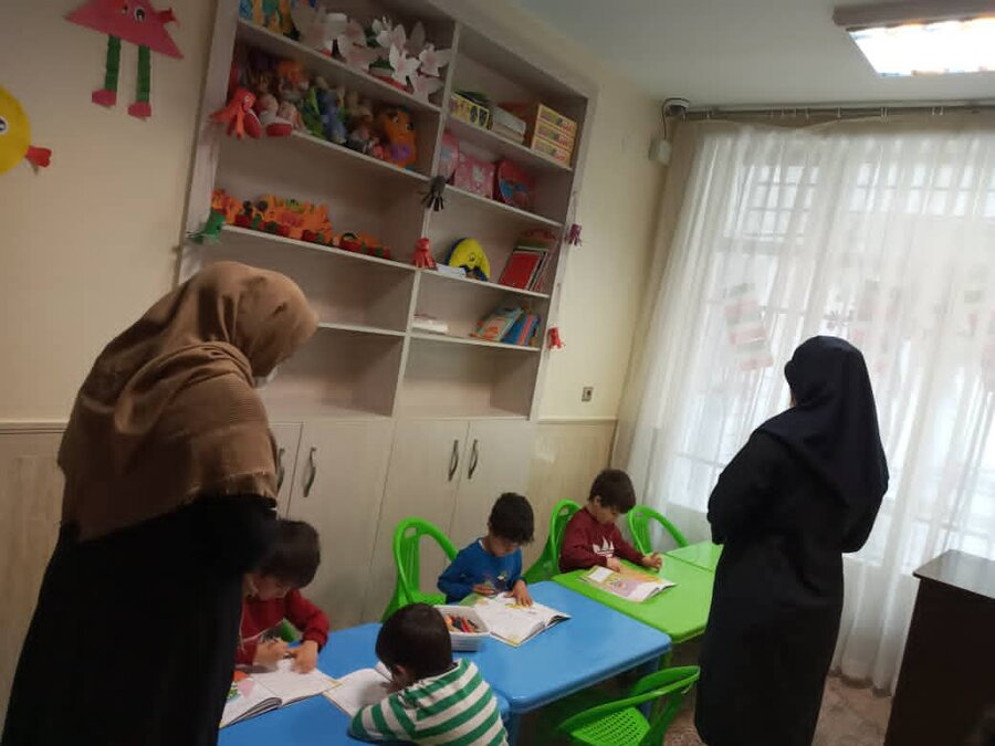 پاکدشت بازدید کارشناسان بهزیستی استان از مراکز شبه خانواده