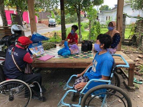 پاندمی کووید ۱۹ زندگی معلولان را دشوارتر کرده است