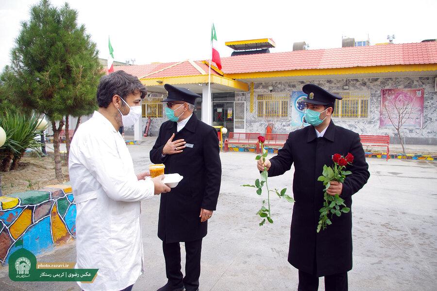 مشهد | توزیع ۱۰۰۰ وعده غذای متبرک بین معلولان مراکز توانبخشی مشهد به مناسبت هفته افراد دارای معلولیت