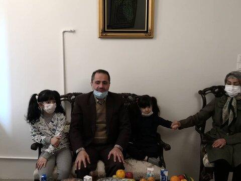 دیدار مدیرکل بهزیستی استان تهران با خانواده پذیرنده دو کودک دارای معلولیت