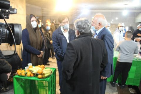 حضور شبانه مدیرکل بهزیستی استان در طرح پنجشنبه های همدلی