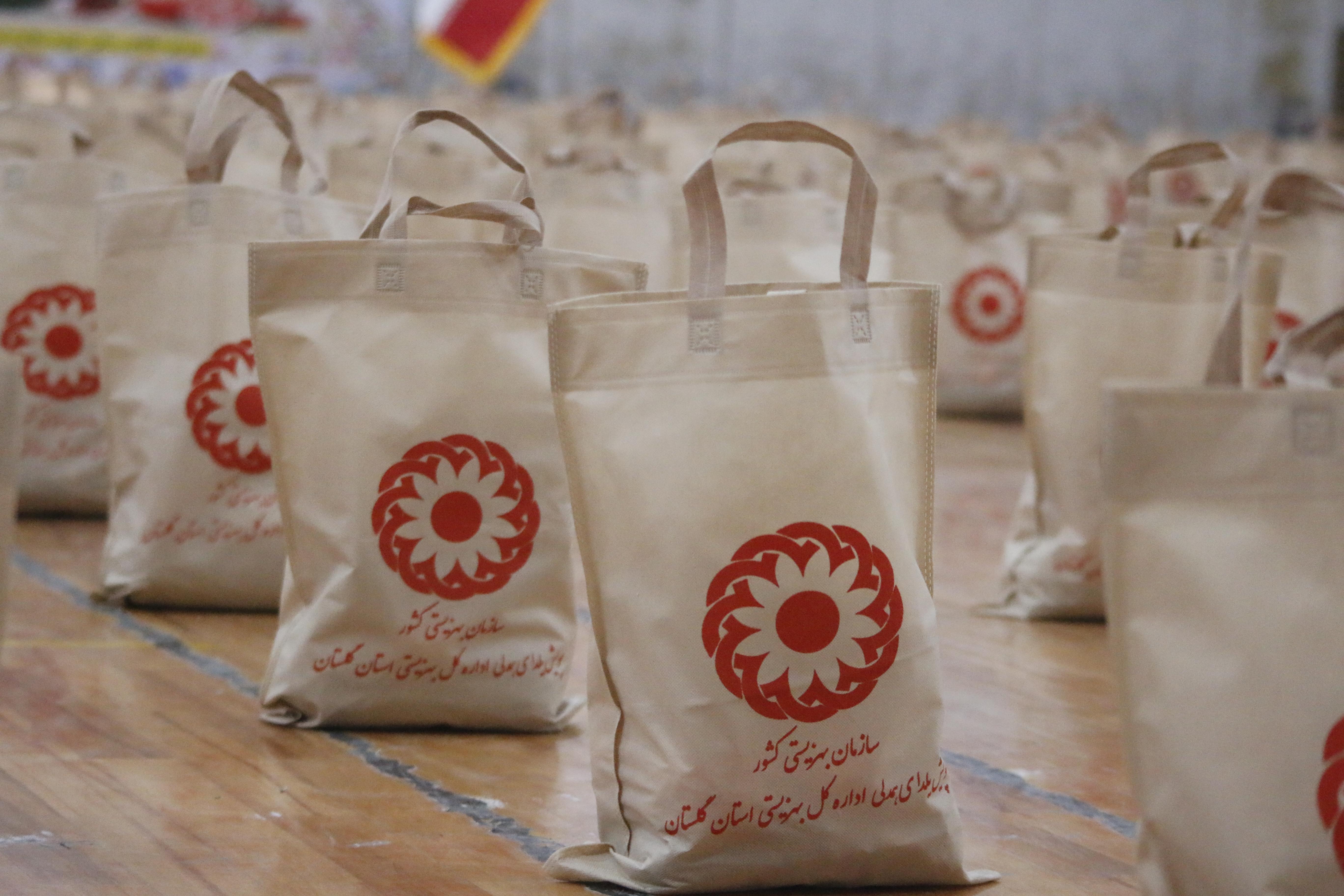 توزیع بسته های معیشتی خیرین گلستانی در ماه رمضان از مرز ۲۹ هزار بسته گذشت