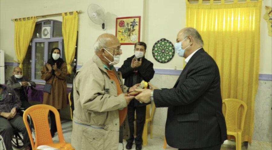 شهرری|باهم ببینیم|جشن یلدا در کنار سالمندان و معلولان کهریزک