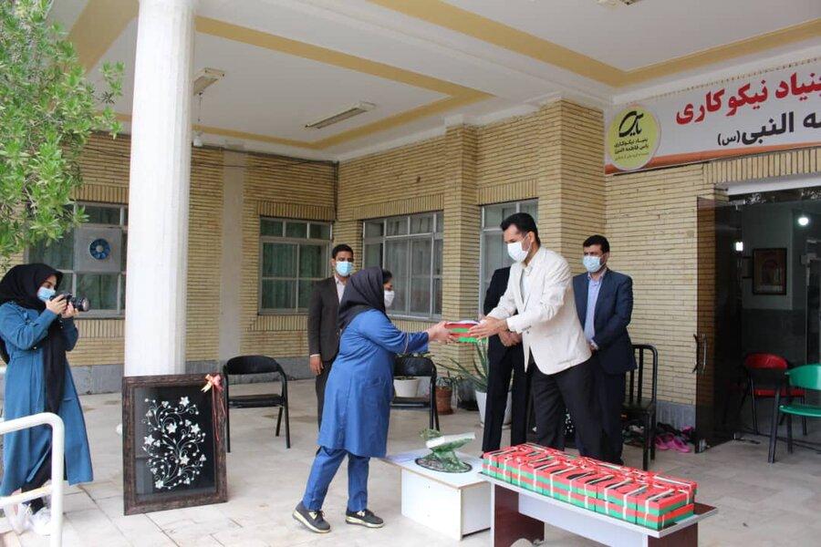 تجلیل از پرسنل مرکز نگهداری معلولین ذهنی مرکز یاس شهرستان جیرفت