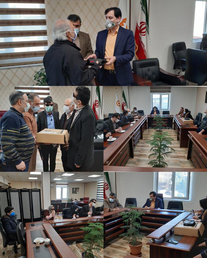 یک دستگاه برجسته نگار هوشمند همراه به انجمن نابینایان استان البرز اهداء شد