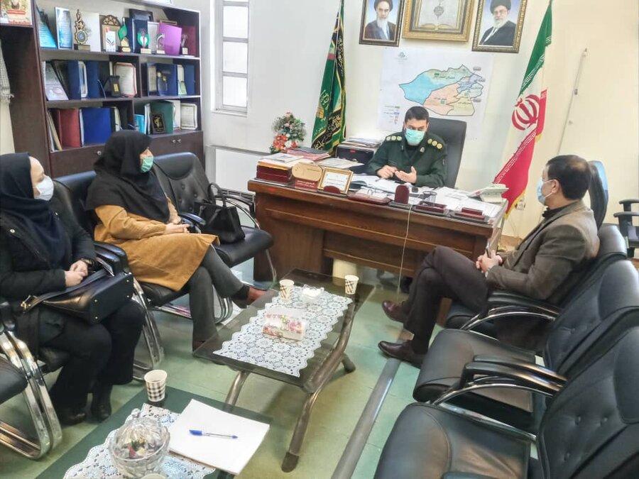 نظرآباد | نشست مشترک فرمانده سپاه پاسداران و رئیس بهزیستی نظرآباد