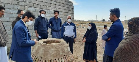 تولید نان محلی سیستان در خانه های مددجویان تحت پوشش بهزیستی