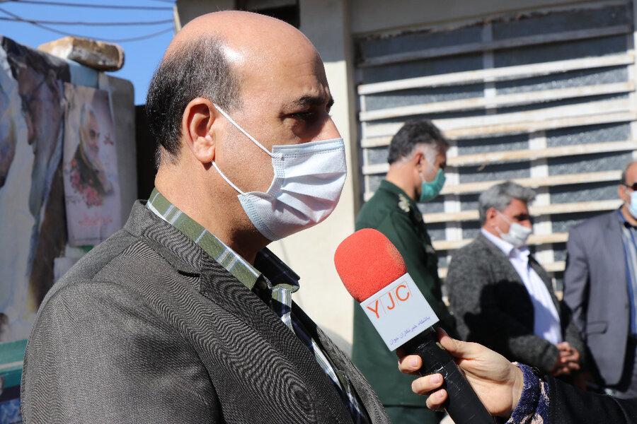 توزیع بیش از ۵۰۰ پک معیشتی و بهداشتی به خانواده های نیازمند حاشیه شهر کرمان
