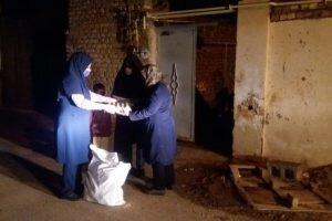 اهدا بسته معیشتی به مددجویان بهزیستی رفسنجان  تاکنون ۵۰۰ بسته معیشتی به مددجویان رفسنجان اهدا شده است