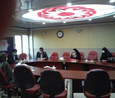 بررسی  خدمات مورد ارائه به جامعه روشن دلان استان
