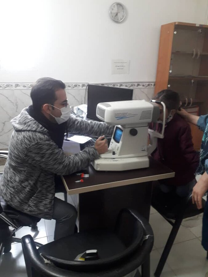 پیشوا|بینایی سنجی کودکان همچنان ادامه دارد