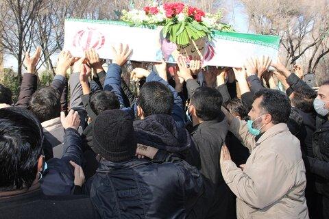 گزارش تصویری| بهزیستی و مردم در آیین تشییع چهار شهید دفاع مقدس