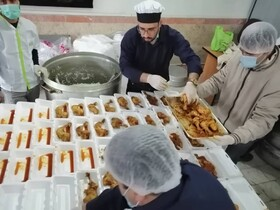 ورامین|گزارش تصویری| توزیع بیش از 700 پرس غذا بین مددجویان