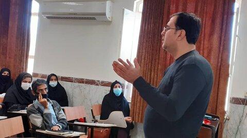 تنگستان|کارگاه آموزش نحوه گزارش نویسی مددکاری و کار با سامانه با محوریت مراکز مثبت زندگی  برگزار شد