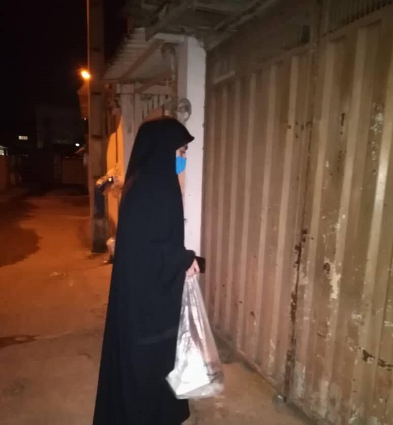 آمل | توزیع 100 پرس غذای گرم و 170 بسته معیشتی همزمان با سالروز شهادت حضرت زهرا (س) ویژه جامعه هدف بهزیستی شهرستان آمل