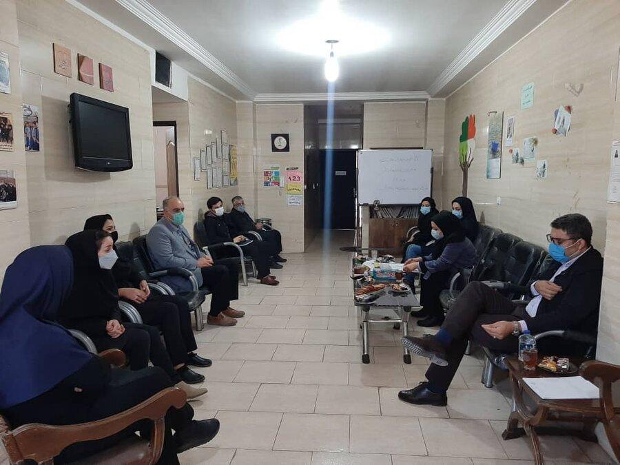 بازدید معاون اجتماعی بهزیستی استان از مراکز بهزیستی پاکدشت