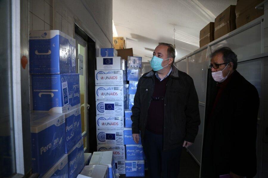 توزیع اقلام بهداشتی اهدایی سازمان ملل در مراکز کاهش آسیب و کمپهای ماده ۱۶ مازندران