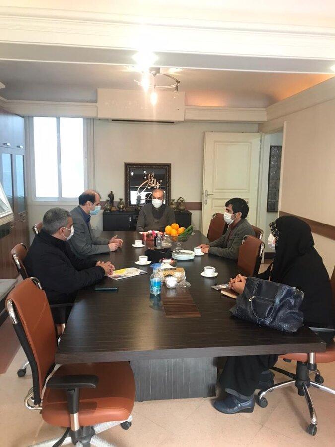 حضور در دفتر انجمن روابط عمومی ایران