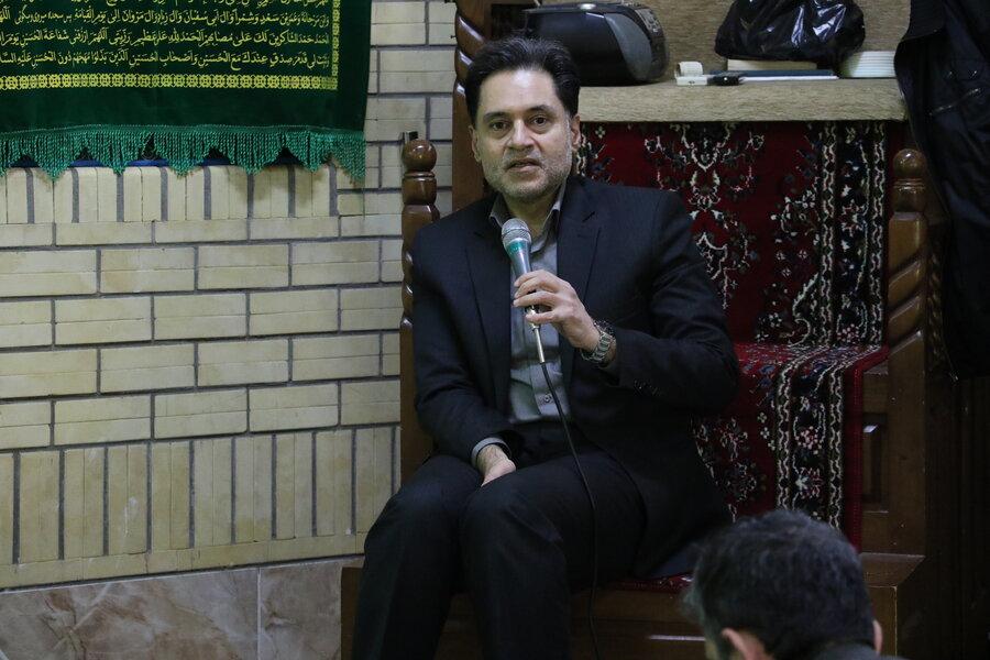 سخنرانی مدیرکل بهزیستی گیلان در حسینیه علی اصغر بهزیستی استان به مناسبت ایام الله دهه مبارک فجر