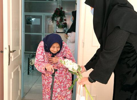 گزارش تصویری | بازدید فراکسیون زنان مجلس شورای اسلامی از مرکز سالمندان کمال به مناسبت روز زن