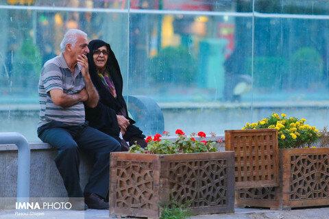 سالخوردگی جمعیت در کشور شیب تندی دارد/ ایران در آستانه تبدیل به پیرترین کشور جهان