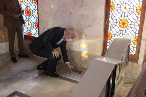 گزارش تصویری مراسم غبارروبی گلزار شهدا به مناسبت دهه فجر