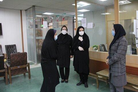 گزارش تصویری تبریک مدیر کل بهزیستی ایلام به کارکنان زن