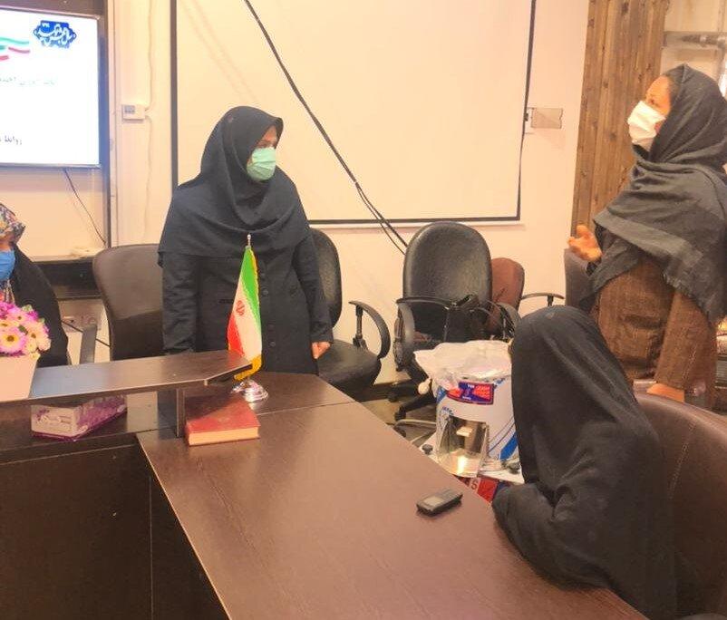 میاندورود ׀ یک دستگاه سبزی خرد کن صنعتی توسط بهزیستی شهرستان میاندورود به زن سرپرست خانوار اهداء شد