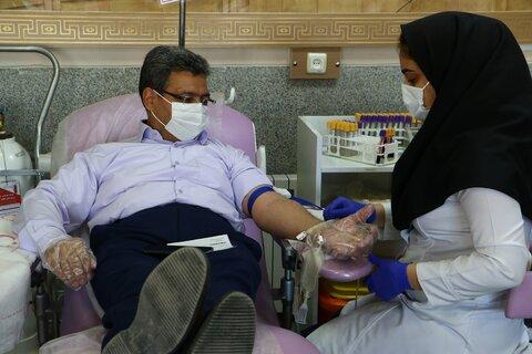 گزارش تصویری | مدیر کل و کارکنان بهزیستی یزد با اهدای خون چهل و دومین سالگرد پیروزی انقلاب اسلامی را گرامی داشتند
