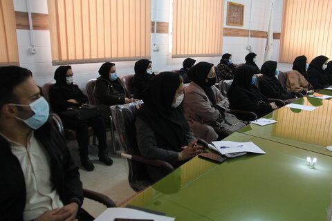 گزارش تصویری  برگزاری کارگاه آموزشی آسیب های نوپدید شبکه های اجتماعی و فضای مجازی