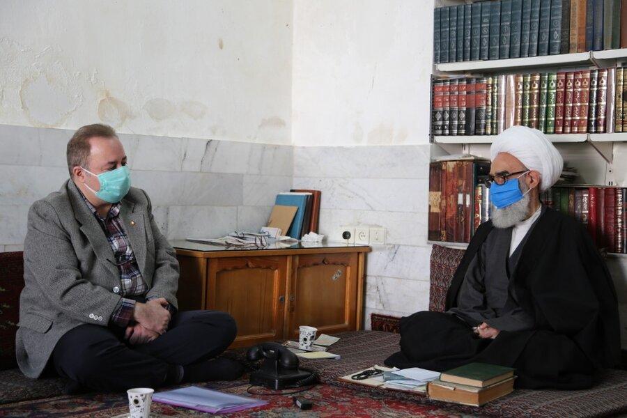 دیدار مدیر کل بهزیستی مازندران با حضرت آیت الله مرتضی صدوقی مازندرانی