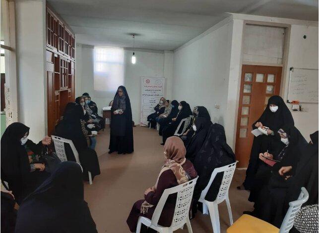 آموزش  و افزایش مهارت نزدیک به ۱۰۰ زن سرپرست خانوار آغاز شد